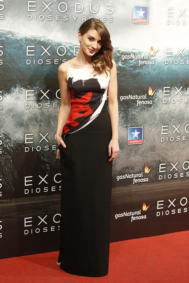 maria exodus11 - Maria Valverde in Dior at the Exodus Movie Premiere