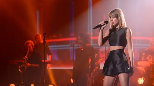 Taylor Swift en los Premios de Musica en Alemania 2014