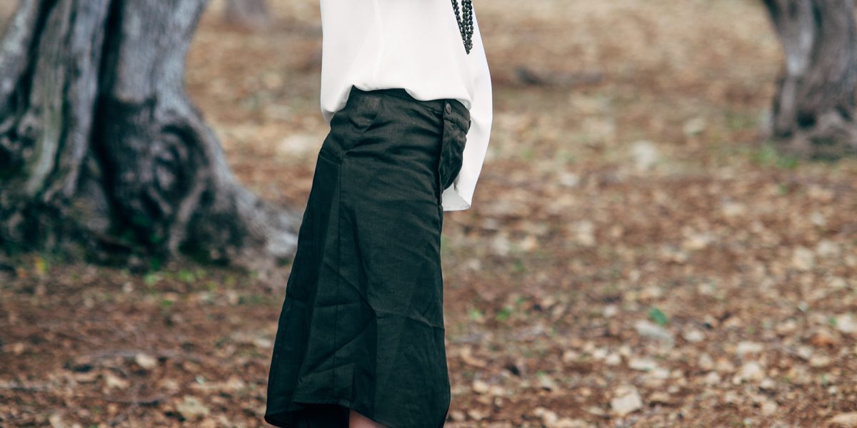 Trousers from Barbara I Gongini, EZ Lab Necklace from Isabel Guarch
