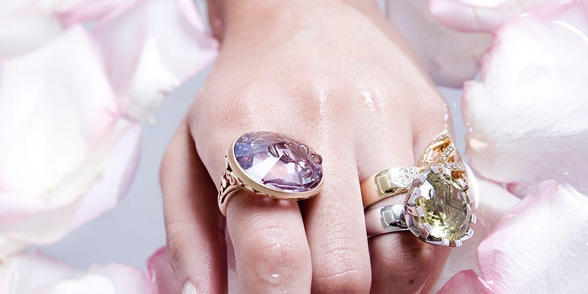 Rings & bracelet from Joyería Alemana