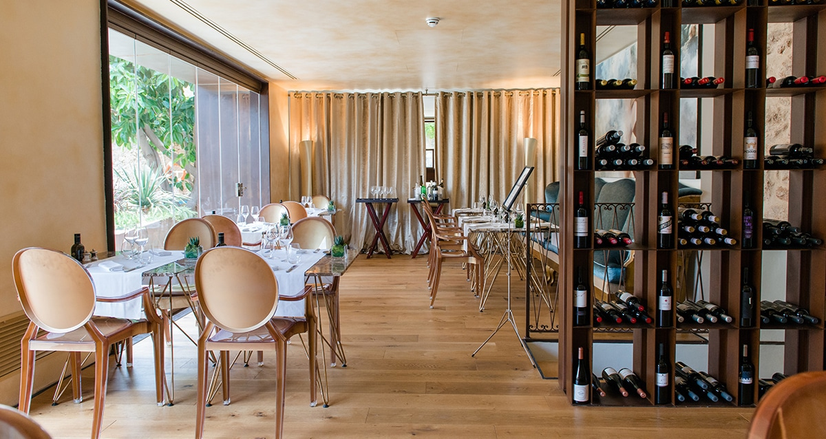 tess de mar restaurant 01 - A new boutique hotel designed for two!