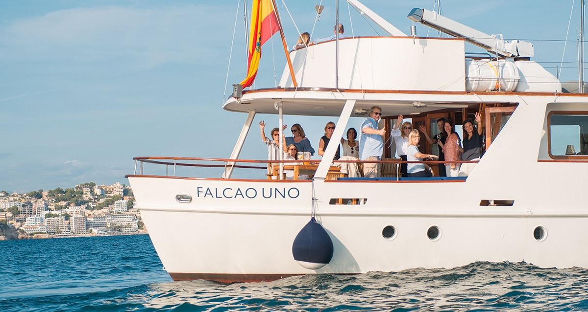 falcao boat trip 18 01 - All aboard Falcao Uno