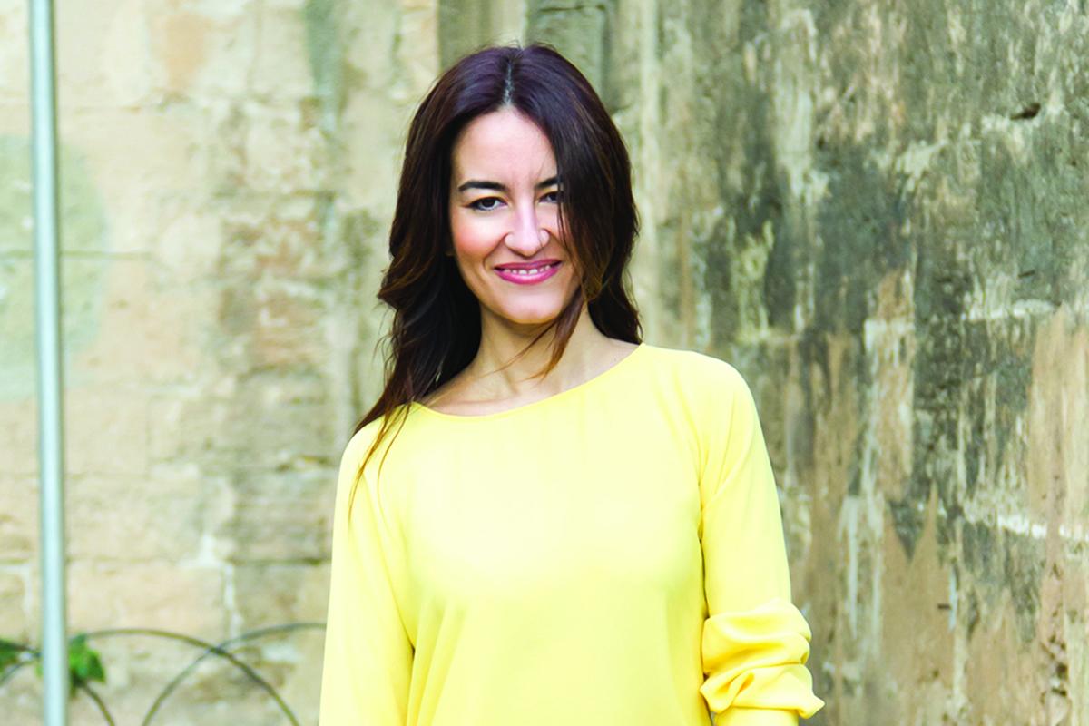featured dolores luque hc - Dolores Luque - Bloggin' her passion