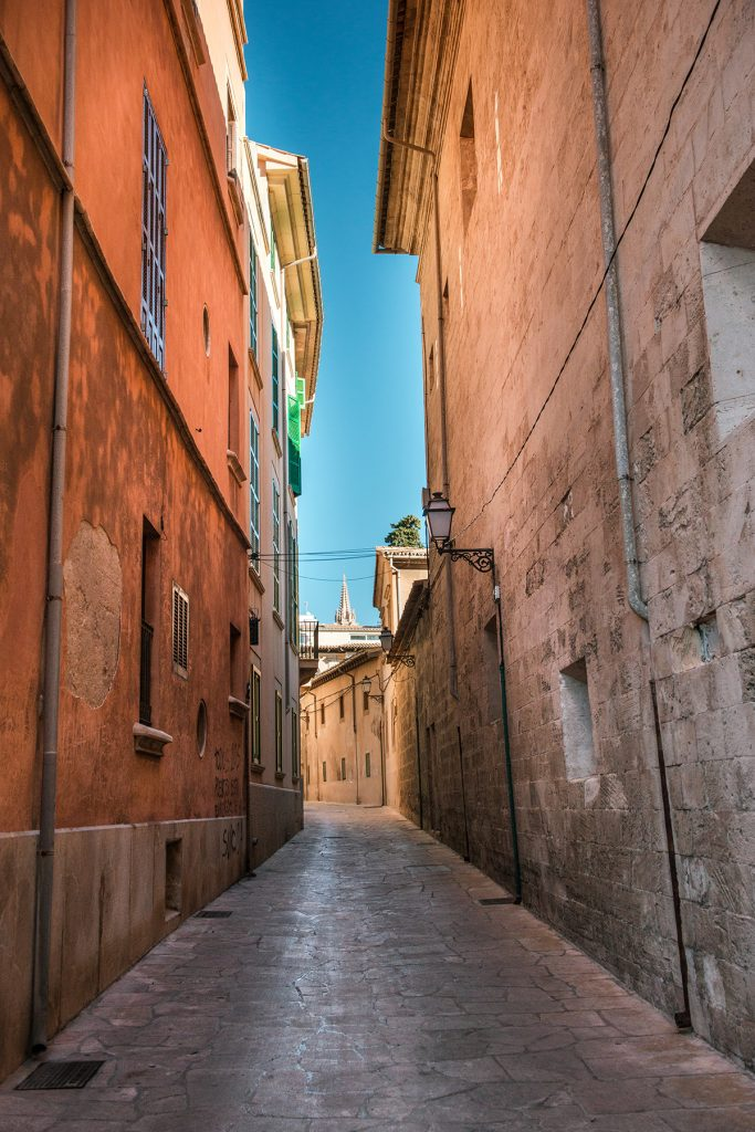 streets palma 2018 1 683x1024 - 15 photos that will make you want to visit Palma NOW!