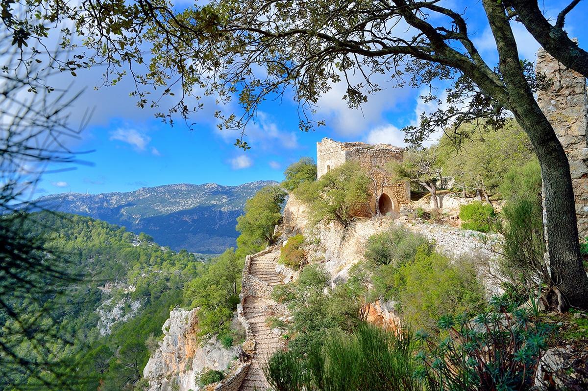 alaro castle - 12 unmissable winter adventures on Mallorca