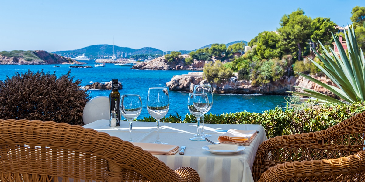 terrazas bendinat restaurant - 20 Restaurants to celebrate your love on Mallorca
