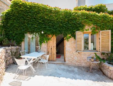 First Mallorca Bunyola Tiny House