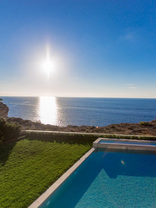 Frontline villa for sale in Port Adriano