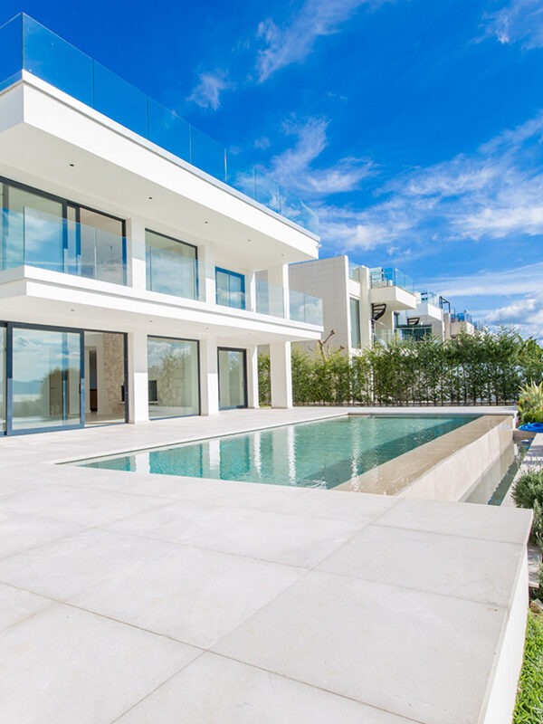 Luxury Second Line Modern Villa for sale in Alcudia